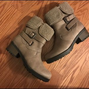 Taupe Boots 8